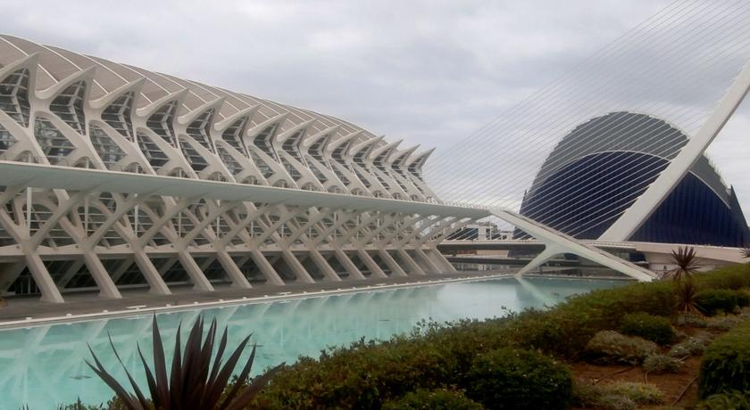 Mejores zonas para dormir en Valencia - Quatre Carreres