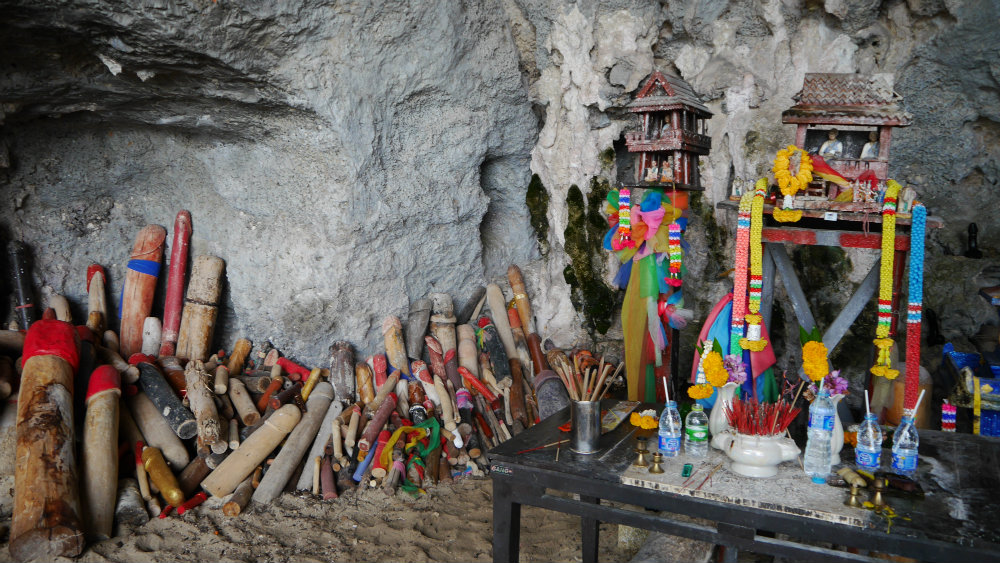 Cueva de los penes de Railay