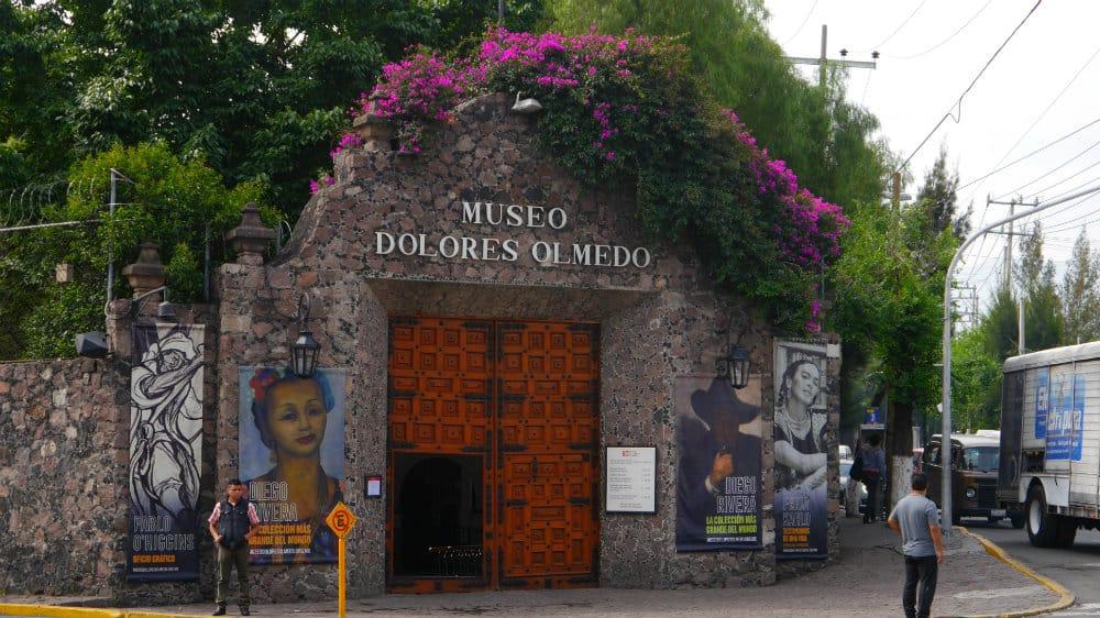 Acceso a finca La Noria - Museo Dolores Olmedo