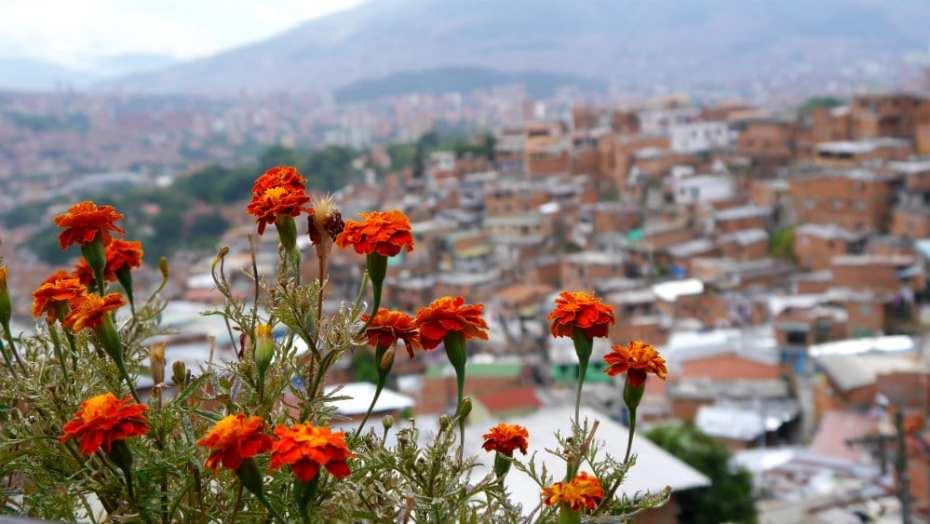 Vista desde la Comuna 13, una de las atracciones de Medellín