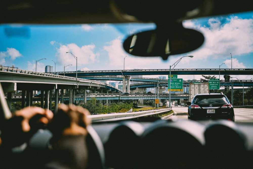 Alquilar un coche en Miami es la mejor opción para recorrerla
