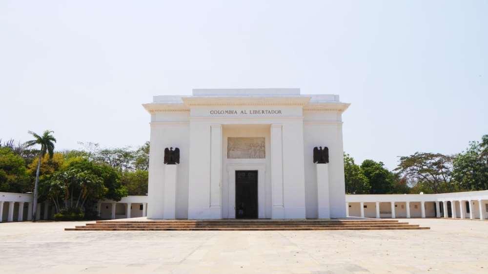 Altar de la Patria - Exterior