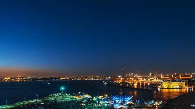 Vista del skyline de Estambul desde la Orilla Asiática, una de las mejores zonas donde dormir en Estambul
