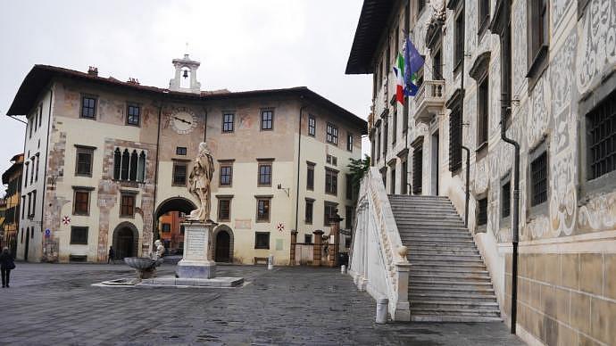 13 Sitios que visitar en Pisa - Piazza dei Cavalieri
