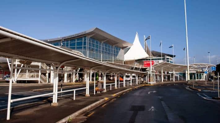 Aeropuerto Internacional de Auckland - Cómo llegar, cómo moverse y transporte en Auckland