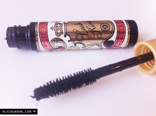 Majolica Majorca Lash King mascara fibers and wand