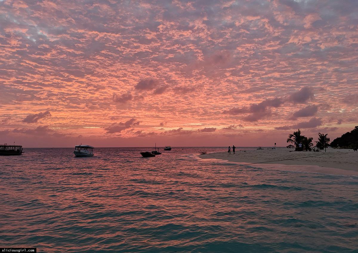 hot pink sunset