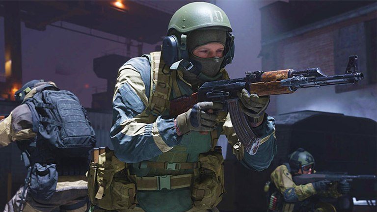 New Modern Warfare Update 1.07 adds free maps, modes, 725 nerf and more.
