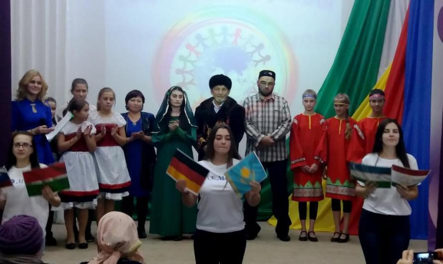 Фестиваль национальных культур «Соцветие дружбы» провели в Славгороде
