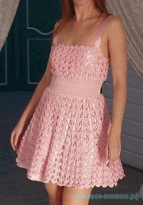 Легкое платье крючком для девушек.