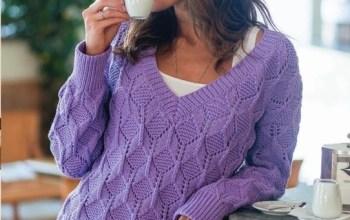 Вяжем красивый пуловер спицами.
