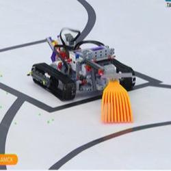 Юный нижнекамец сконструировал робота для посадки грядок (ВИДЕО)