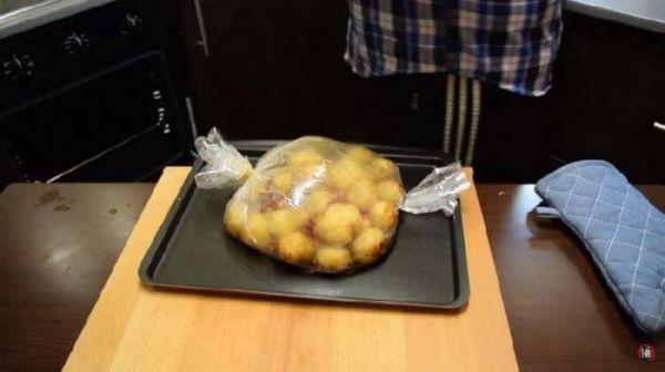 Картошка в рукаве - элементарно и безумно вкусно