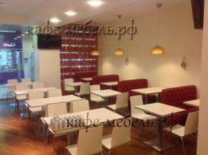 гостевая зона в кафе-столовой