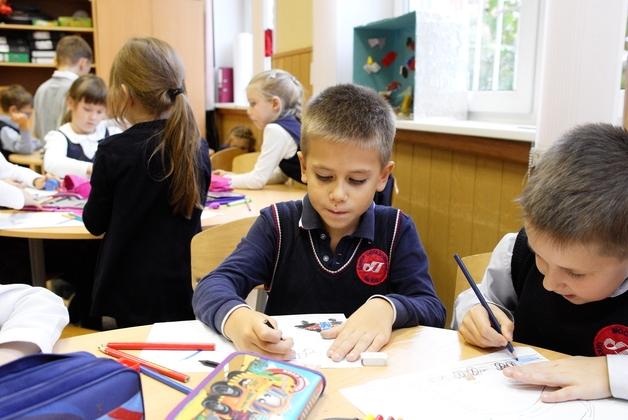 Минобрнауки России разработает меры по психологическому сопровождению образования и обеспечению безопасности школ