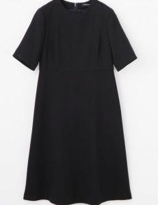 トゥモローランド 母親 卒業式 服