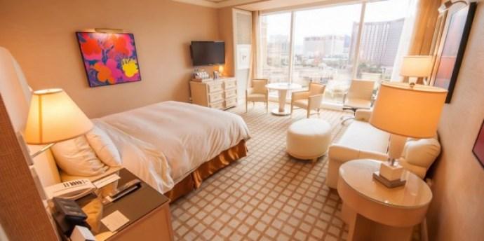 Hotel_Room___Flickr_-_Photo_Sharing_