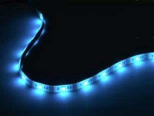 能彎能裁,自由黏貼的膠帶型LED燈