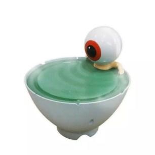 再現咯咯咯鬼太郎裡的經典泡澡場景♡「眼珠老爹 茶碗泡澡加濕器」