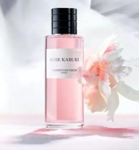 以歌舞伎化妝手法為靈感的香水♬ DIOR「ROSE KABUKI」