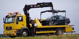Автоэвакуатор 24 часа в Воронеже, области и на трассе М4 «Дон», грузовой эвакуатор, помощь на дороге, вскрытие авто, сел аккумулятор, шиномонтаж круглосуточно.