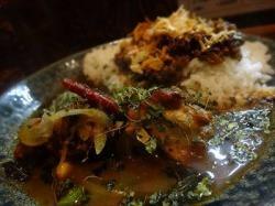 カレーノトリコ インド風カレーはスープカレー状