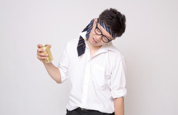 【薄毛(AGA)治療】お酒の飲み過ぎはハゲる!