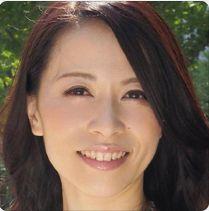 井上綾子 (いのうえあやこ / Inoue Ayako)