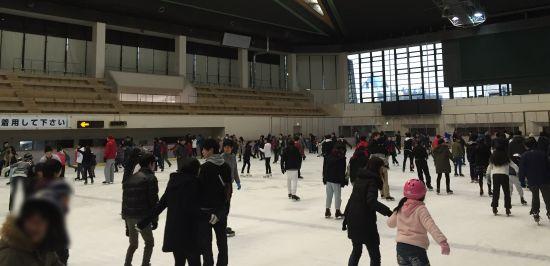 ポートアイランド スケート場混雑