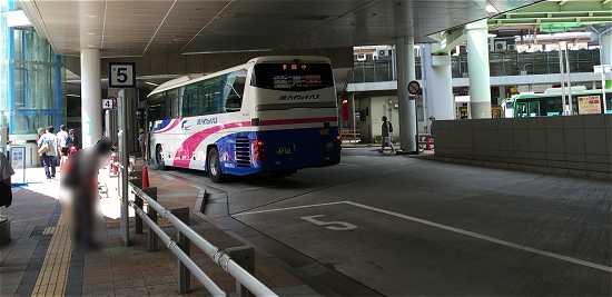 三宮バス停 淡路島行き