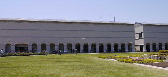 大塚国際美術館 建物