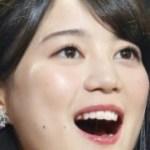 生田絵梨花のキスシーン画像でつばが糸引き?