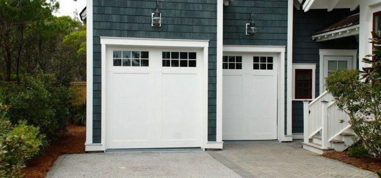 Разтварящи се гаражни врати