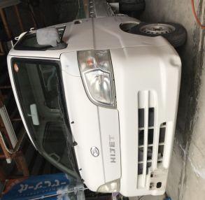 ダイハツ ハイゼットトラック S200P バンパー デントリペア!