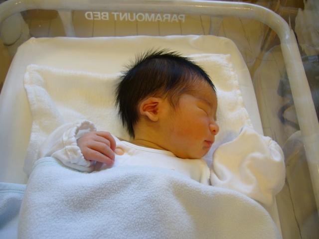 冬生まれ 新生児 服装