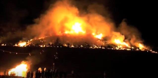 若草山の山焼き 2016
