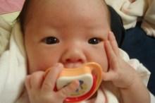 赤ちゃん おしゃぶり 消毒