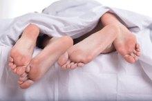 足の裏 ピクピク 痙攣