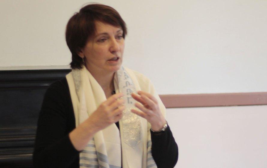 Etudiante rabbin Sophie Bismut