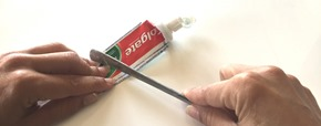DIY-astuce-colle