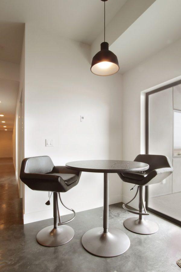 Обеденные зоны для маленькой кухни фото – интерьер, мягкая ...