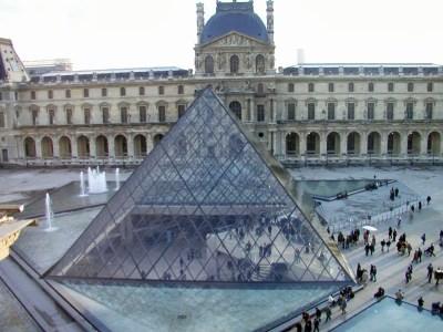 Museo del Louvre- edificios emblemáticos.