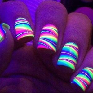 Colores neon con lineas