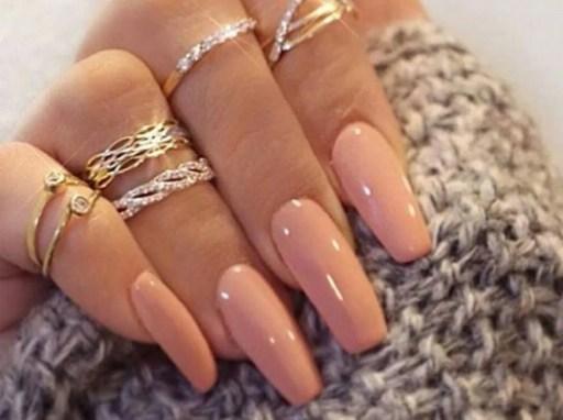diseños de uñas acrílicas