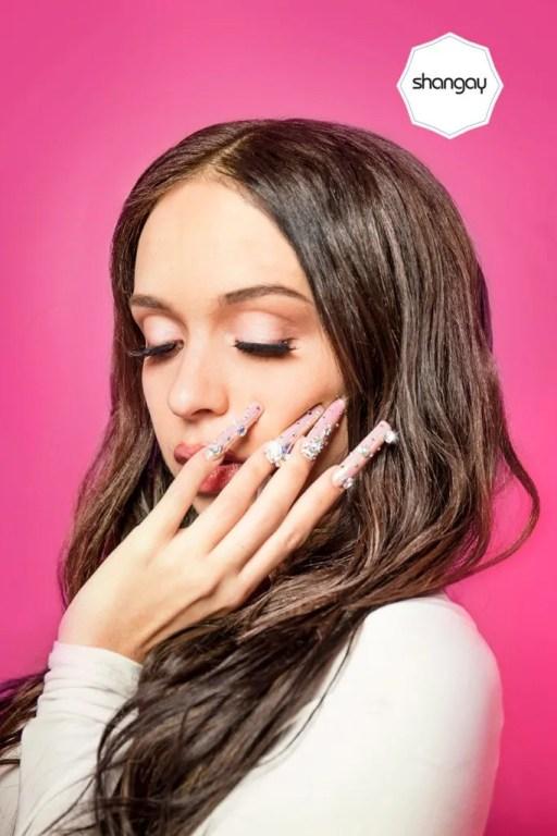 Los diseños de uñas y esmaltados que dominarán el resto del 2021, las máximas tendencias en diseño de uñas, estilos moda, modas, maquillajes, ofertas, rebajas, cursos, famosas, 11