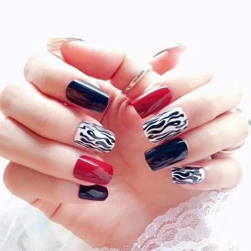 Qulin - Juego de 24 uñas postizas para uñas de damas vino, color rojo y negro