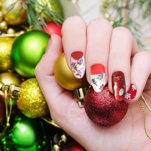 Uñas navideñas rojas y blancas