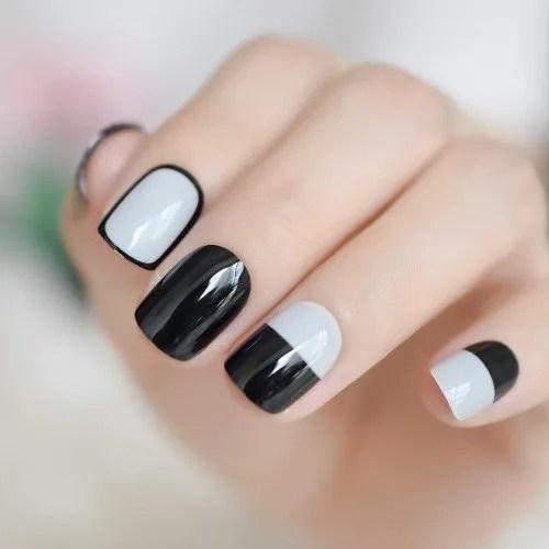 Diseños de Uñas de Color gris claro brillante negro 2022