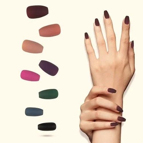 diseños de uñas de color mate