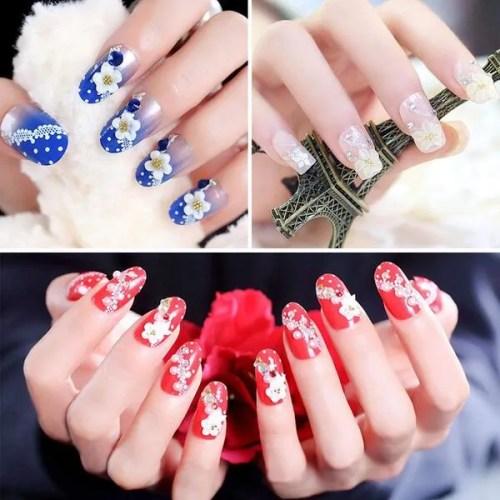 decoración de uñas  de gel blanco, rosa